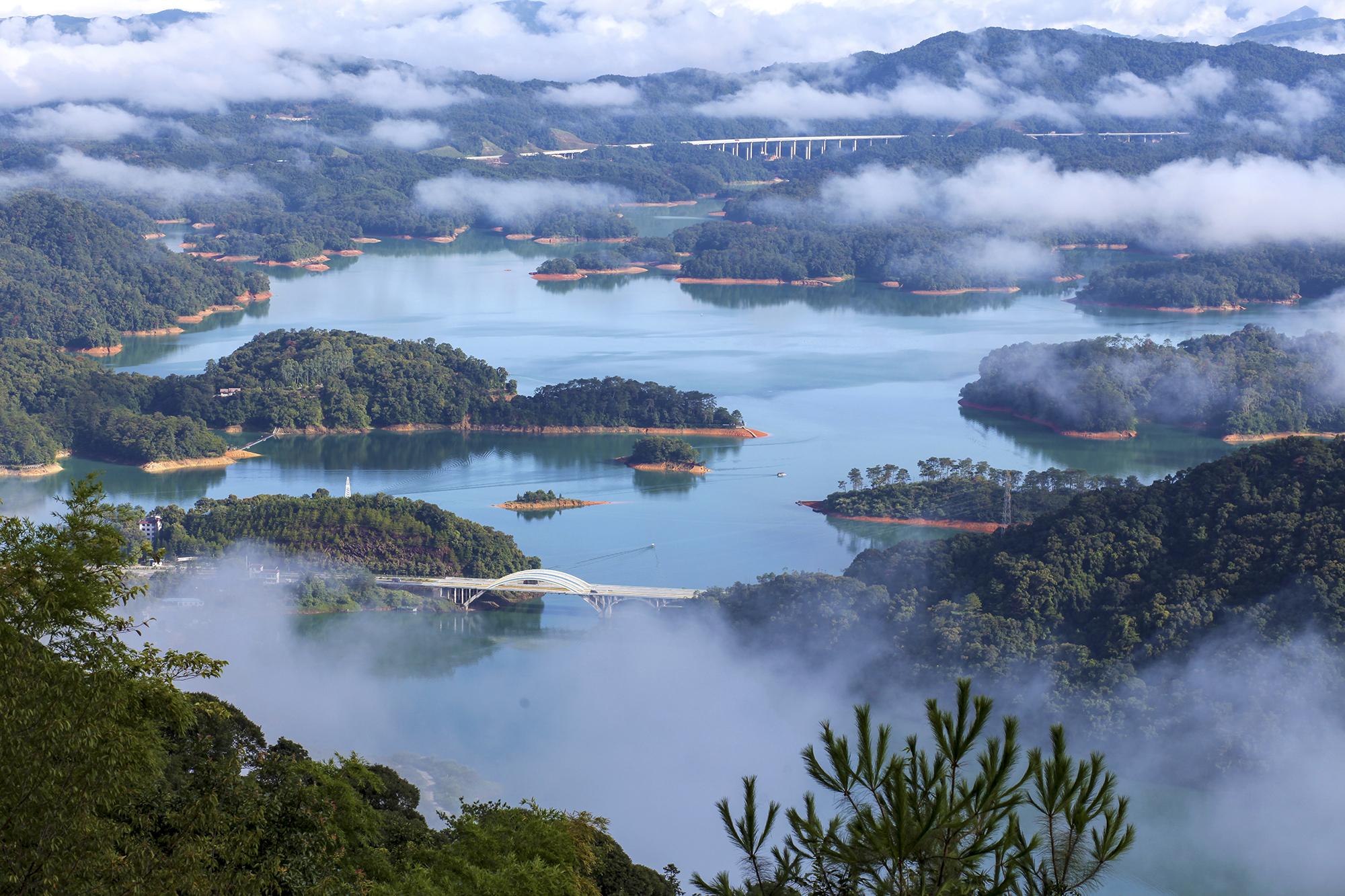 流溪河云雾  来源:广州市水务局